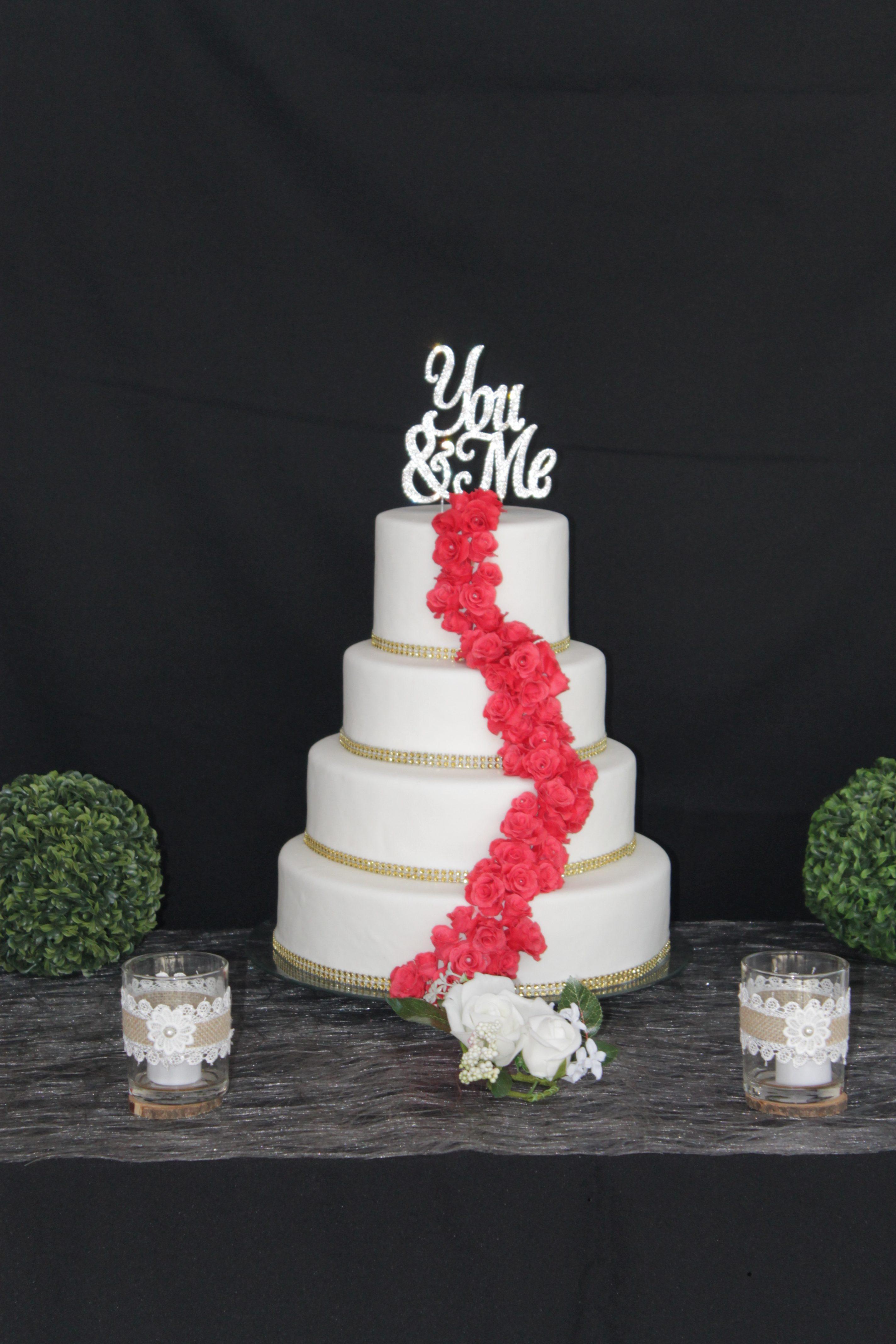 wedding cake cascade de fleur