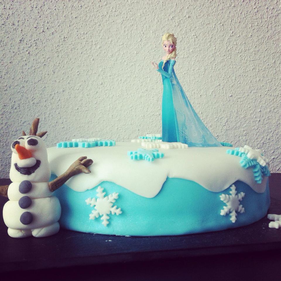 Cake Reine Des Neiges : cake design frozen Chut!!! Je cuisine...