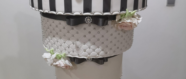 Wedding Cake Suspendu Inversé 67 Chut Je Cuisine